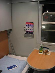 Interieur slaapcoupé van de Oostenrijkse spoorwegen ÖBB