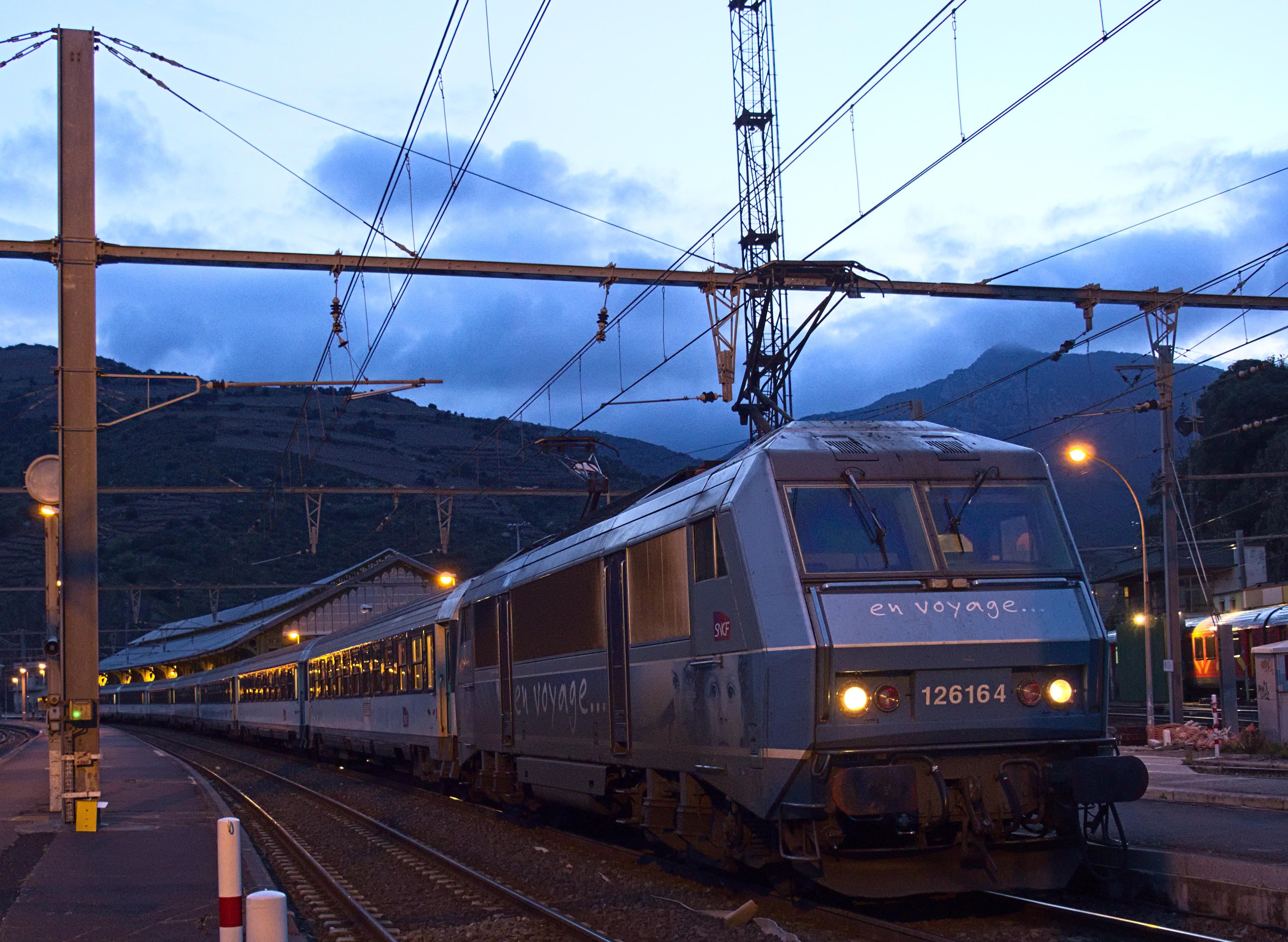 Intercités de Nuit in Cerbère ©Wikipedia