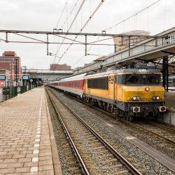 NS 1750 met omgeleide CityNightLine, Amersfoort 9 januari 2016 - Roel Hemkes