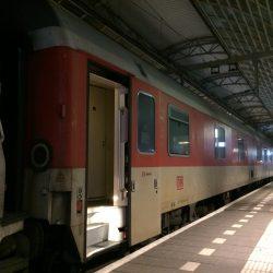 Slaapwagen op Amsterdam Centraal - 18 november 2016 - Chris Engelsman