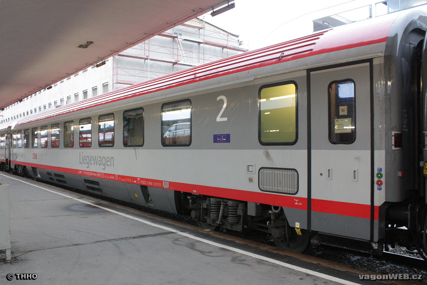 Couchetterijtuig van de ÖBB. ©THHO/vagonweb.cz