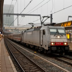 NS International 186 237 met de allerlaatste CityNightLine 418 naar Amsterdam Centraal te Utrecht, 9 december 2016 / Roel Hemkes / Creative Commons attribution licentie
