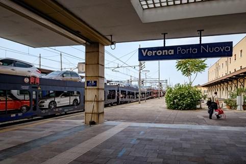 Aankomst van de autoslaaptrein in Verona ©Treinreiswinkel