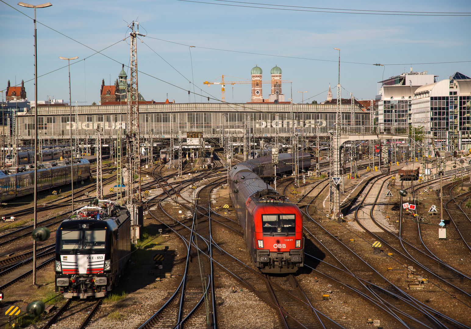 Vertrek nachttrein EN295 naar Rome en Milaan uit München ©makna