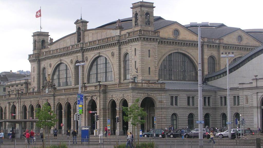 Het Hauptbahnhof in Zürich ©Zurich Tourism