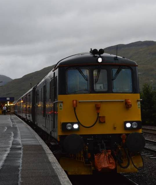 Caledonian Sleeper in Fort William ©Noord West Express
