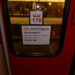 CNL 40419 Pegasus Amsterdam-Zürich op Utrecht CS wagen 178 30-4-2016
